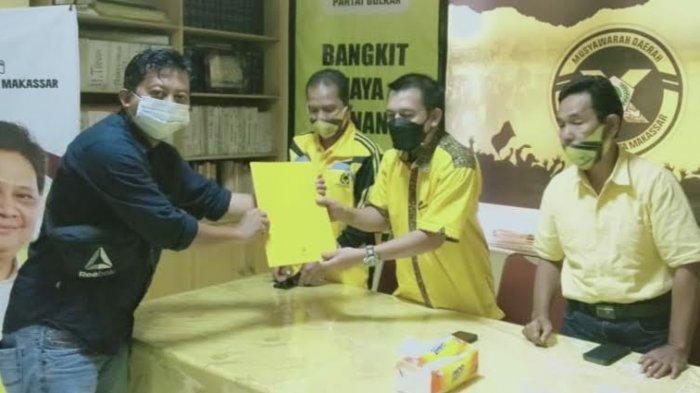 Munafri Arifuddin Pertama Ambil Formulir Bacalon Ketua Golkar Makassar