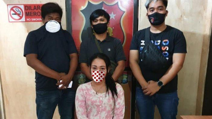 FDJ Asnani (27) saat diamankam Satreskrim Polres Sidrap terkait ujaran kebencian institusi kepolisian,  Kamis (241220).