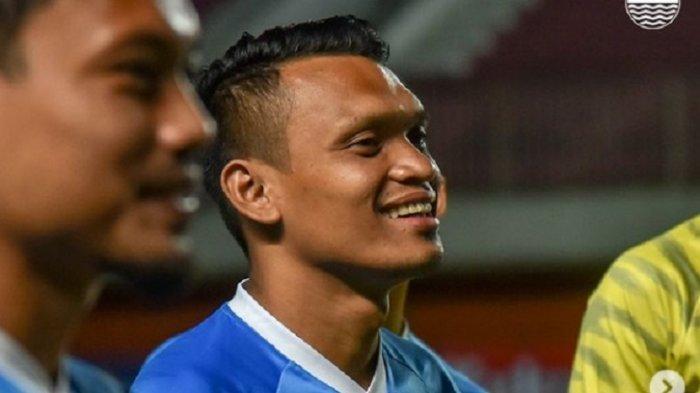 Ferdinand Sinaga striker Persib Bandung
