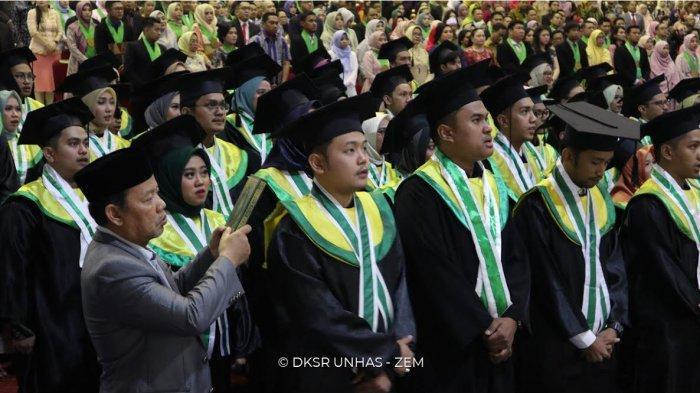 Fakultas Kedokteran Unhas Lantik 256 Sarjana Baru
