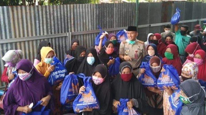 Legislator Golkar Soroti Kepala BKSDM Palopo Bagikan Sembako Berlebel Partai Nasdem