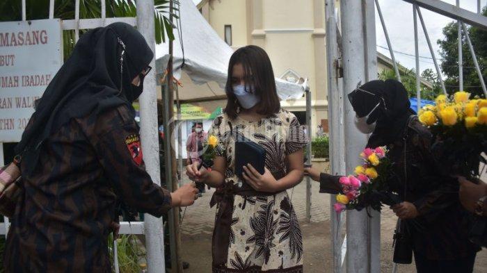 FOTO: Bunga untuk Solidaritas Kerukunan Beragama