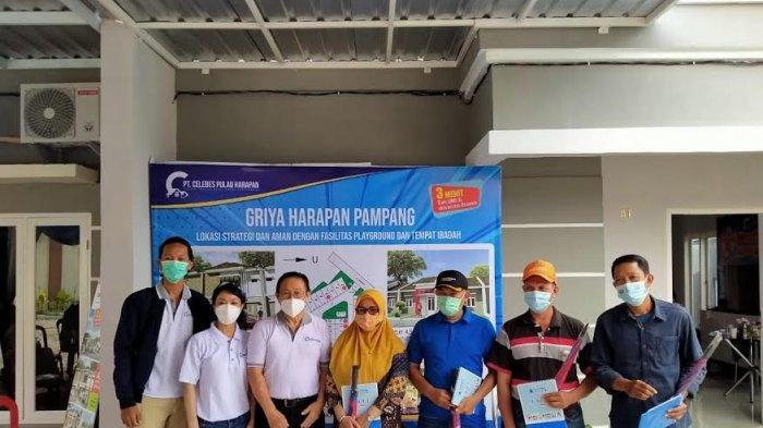 Tutup Tahun 2020, Celebes Pulau Harapan Berbagi Hadiah ke Warga Pampang