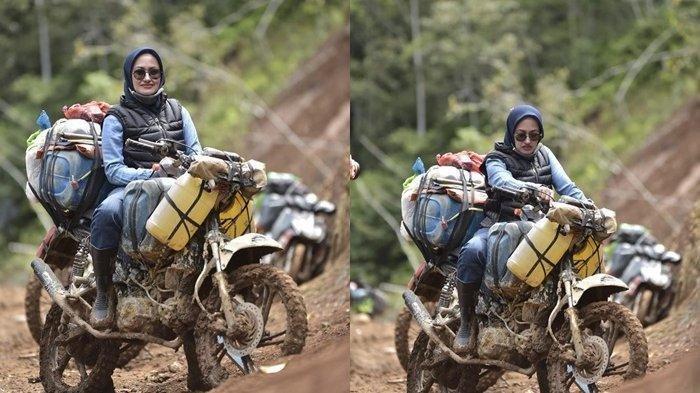 Foto Bupati Luwu Utara Indah Putri Indriani berposes di atas motor tukang ojek Seko yang sempat viral.