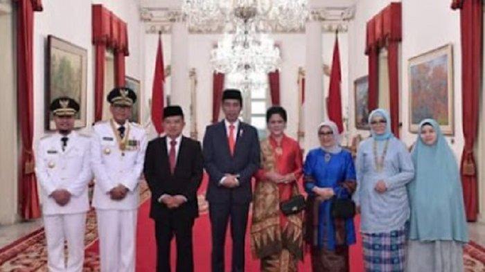 Foto setelah Jokowi melantik Gubernur Sulsel Nurdin Abdullah dan Wagub Andi Sudirman Sulaiman