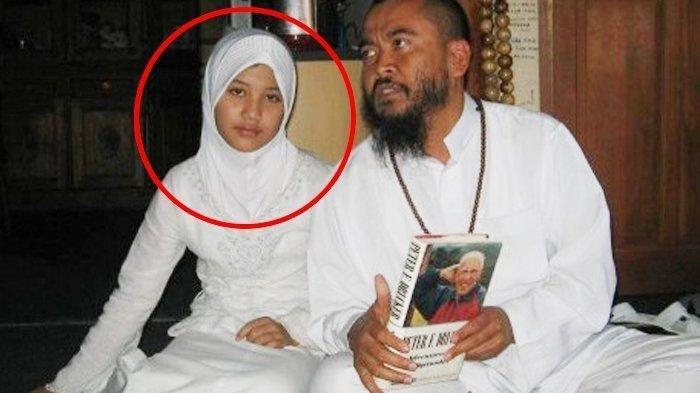 Foto Syekh Puji saat menikahi Lutfiana Ulfa yang berusia 12 tahun pada 2010 lalu. Setelah 10 tahun berlalu, Syekh Puji kembali dikabarkan telah menikahi bocah berusia 7 tahun