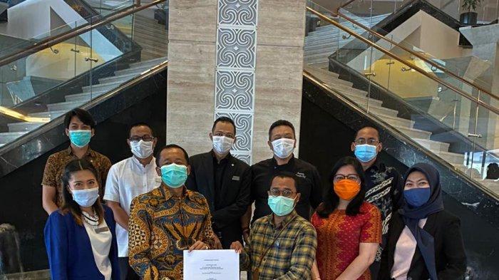 Four Points by Sheraton Makassar Dapat Certificate I do Care Indonesia dari Kemenparekraf