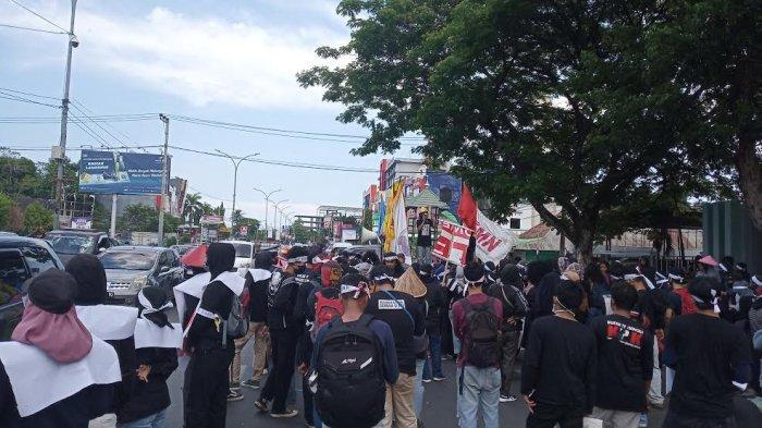 BREAKING NEWS: Hari Tani Nasional, FPR Demo di Depan Kantor DPRD Sulsel