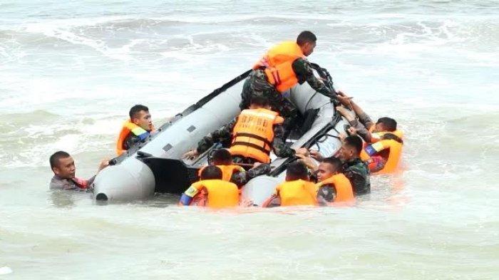 Siap Siaga Cuaca Ekstrim, TNI/Polri dan BPBD Parepare Gelar Pelatihan SAR Laut