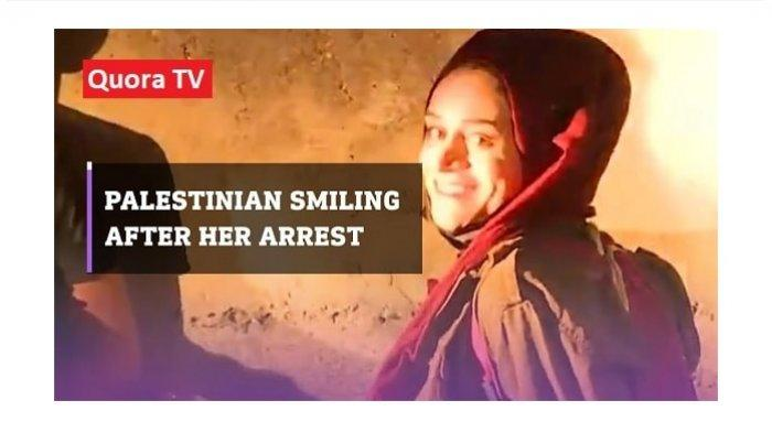 Gadis Palestina Pemberani 'Mariam Afifi ' Tersenyum saat Ditangkap Tentara Israel Karena Bela Warga