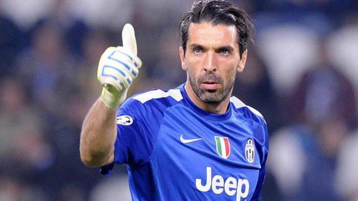 Tinggalkan Juventus, Gianluigi Buffon Pilih Kembali ke Parma