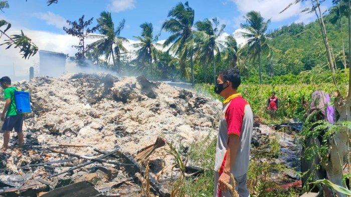 Gudang Kapuk di Bantaeng Hangus Terbakar, Kerugian Capai Ratusan Juta Rupiah