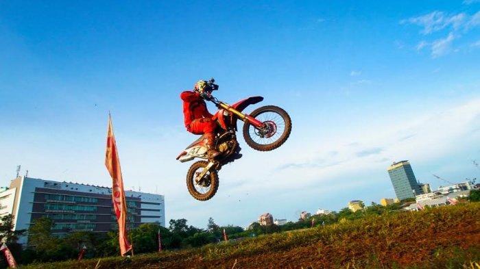 Trabas Lintasan Tanah, Crosser Antusias Ikuti Rangkaian Honda CRF150 Day