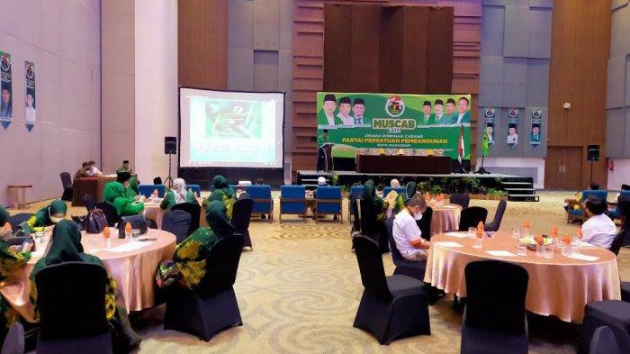 Jadwal Molor, Danny Pomanto Tinggalkan Arena Muscab PPP Makassar
