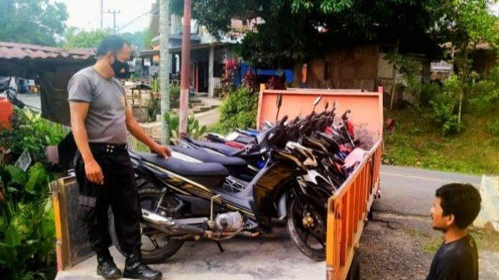 Gerebek Judi Sabung Ayam di Malimbong Balepe, Polsek Saluputti Amankan 8 Motor