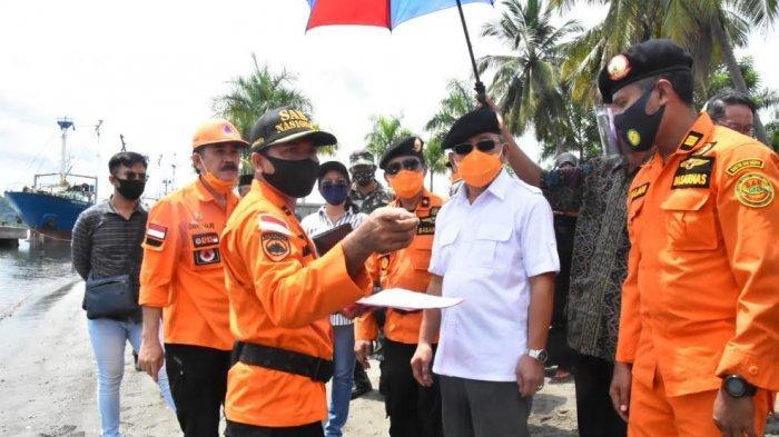 Gubernur Sulbar Tinjau Lokasi Rencana Pembangunan Dermaga Basarnas