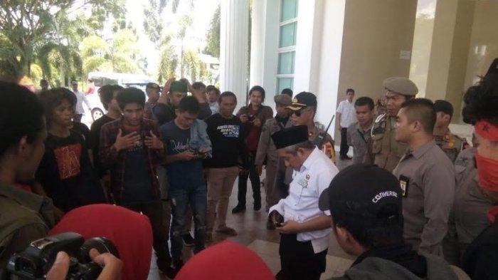 Video Gubernur Sulbar Temui Pendemo Viral di Facebook, Begini Pembelaan Kepala Bappeda