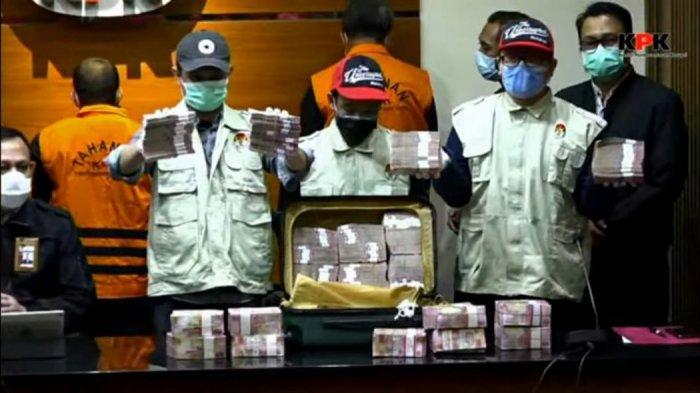 Foto Penampakan Uang Suap Rp 2 M buat Gubernur Sulsel Nurdin Abdullah dari Agung Sucipto Temannya
