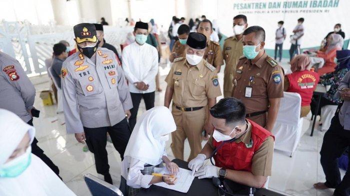 Kr Kio Apresiasi Vaksinasi Merdeka di Masjid dan Pesantren di Gowa