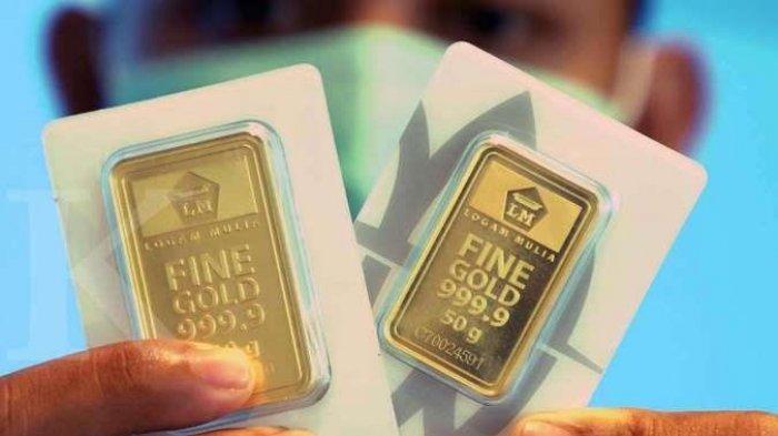 Harga emas batangan 24 karat keluaran PT Aneka Tambang (Persero) atau Antam berada diposisi Rp 951.000 per gramnya pada perdagangan Selasa (15/12/2020).