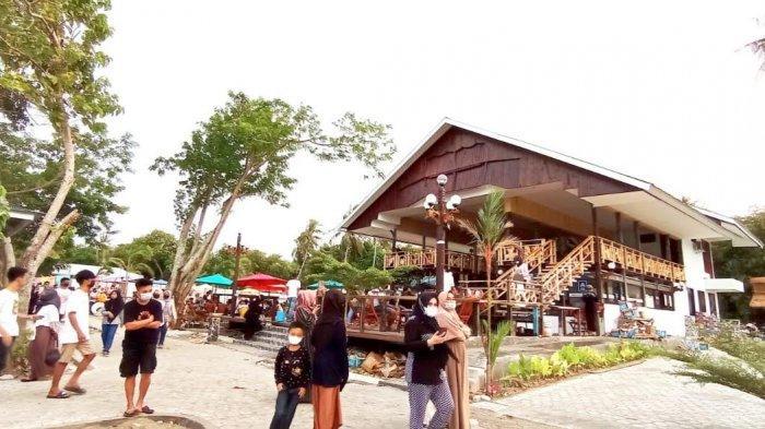 Hari Kedua Libur Lebaran, Menralo Beach and Resort Pinrang Dipadati 1000 Wisatawan