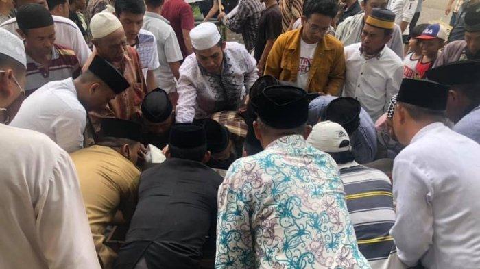 Diungkap Legislator DPRD Sulsel, Manusia Tertua Maros Usman Puang Rewa Rajin Dakwah Jaga Salat