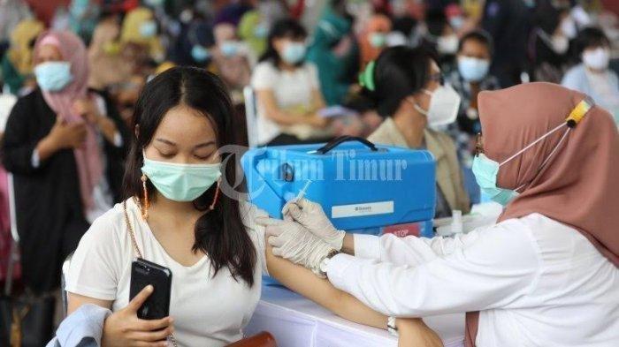 Indonesia: Terima Kasih Amerika Serikat dan Inggris! Vaksin Moderna & AstraZeneca Tiba di Tanah Air