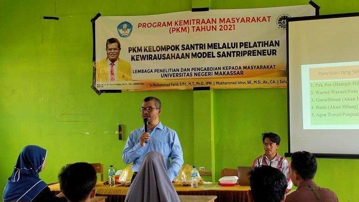 program Pengabdian Pada Masyarakat (PPM) masuk ke Pondok Pesantren NU Bahrul Ulum, Kabupaten Gowa, Sulawesi Selatan, Selasa (12/10/2021).