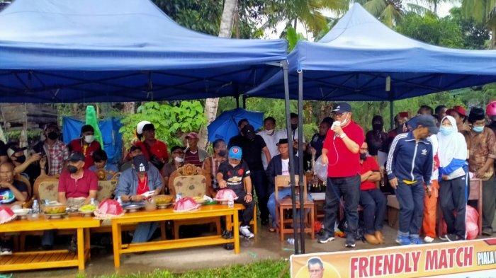 Rektor UNM menyampaikan sambutan untuk mencari pemain bertalenta di Sulawesi Barat saat menutup Prof Husain Syam Cup di Polman, Sabtu (16/7/2021).