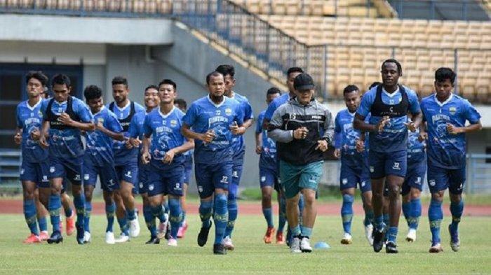 Lawan Bhayangkara FC, Persib Bandung Dalam Masalah Besar Setelah Kehilangan 8 Pemain Sekaligus