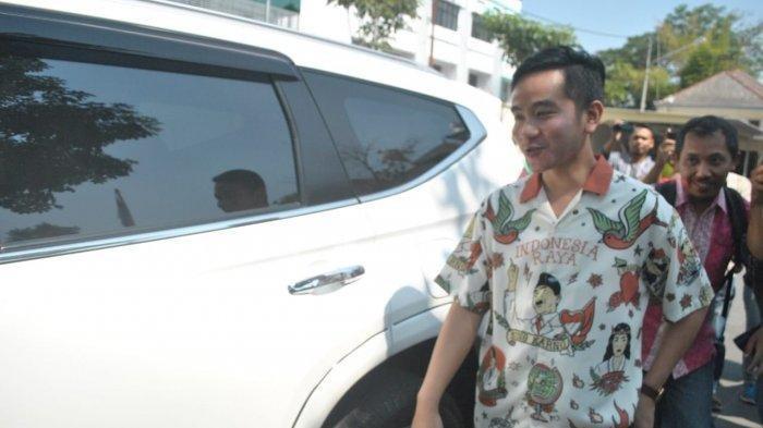 Gibran Rakabuming Tunda Piala Wali Kota Solo Setelah Ditelpon Gubernur dan Kapolda Jawa Tengah