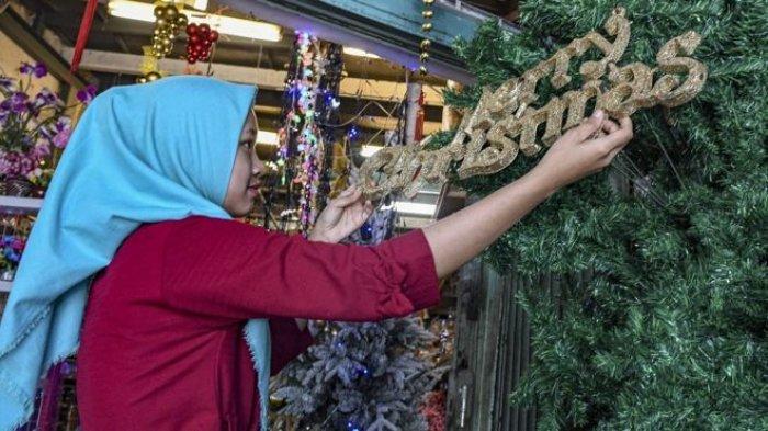 Hukum Ucapan Selamat Natal, tapi Bagimana Jika Muslim Belanja Pakai Diskon Natal? Inilah Jawabannya