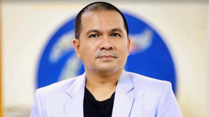 dr Wachyudi Muchsin SH MKes dokter. Uda Makassar