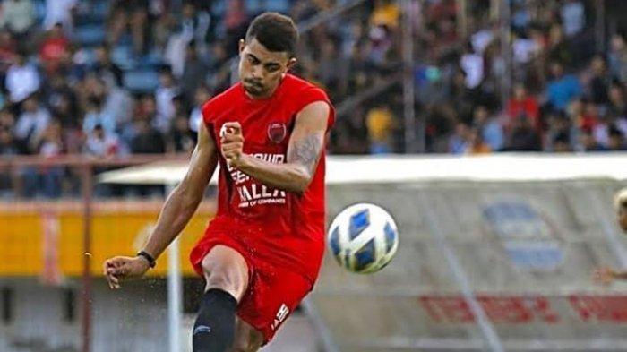 Hussein El Dor, Pemain Tak Tergantikan Lini Pertahanan PSM