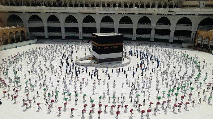 WNI yang Naik Haji Saat Covid-19, Mentan Bagi Ratusan Miliar di Sulsel, Waspada Cluster Qurban