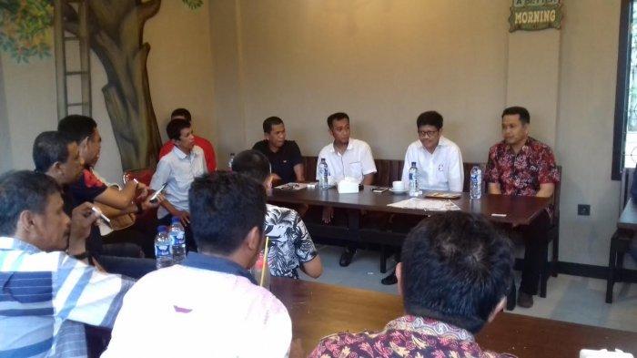 Garap Kampung Nurdin Halid, Ichsan Yasin Limpo Temui Elite PAN Bone