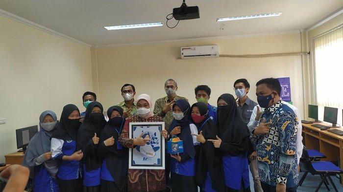 Kunjungi BLK Bantaeng, Ida Fauziah: Perempuan Boleh Berperan Dimana Saja