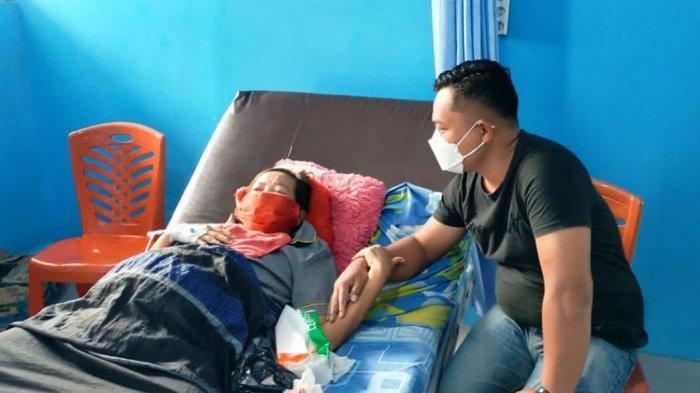 Cerita Kades Bertatto di Tana Toraja, Rawat Nenek Penderita Tumor di Makale Walau Tak Saling Kenal