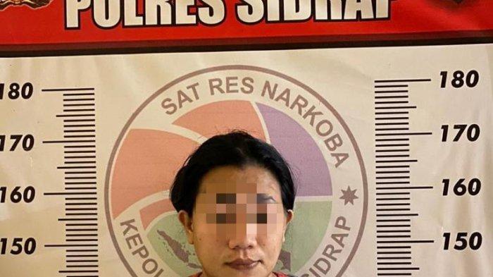 IRT di Sidrap Ditangkap Edarkan 1 Kg Sabu-sabu Seharga Rp 700 Juta