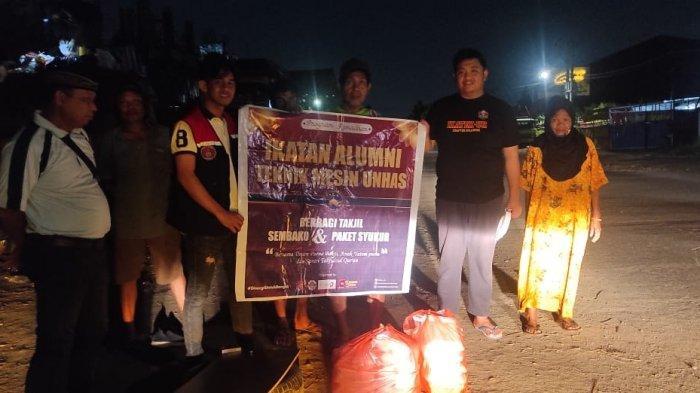 Ika Teknik Mesin Unhas memberikan paket buka puasa dan makanan malam untuk Anak Yatim Piatu serta kaum Dhuafa sebanyak 150 paket yang tersebar di 3 Panti Asuhan dan 1 Tahfidzul Qur'an, Sabtu (1/5/2021).