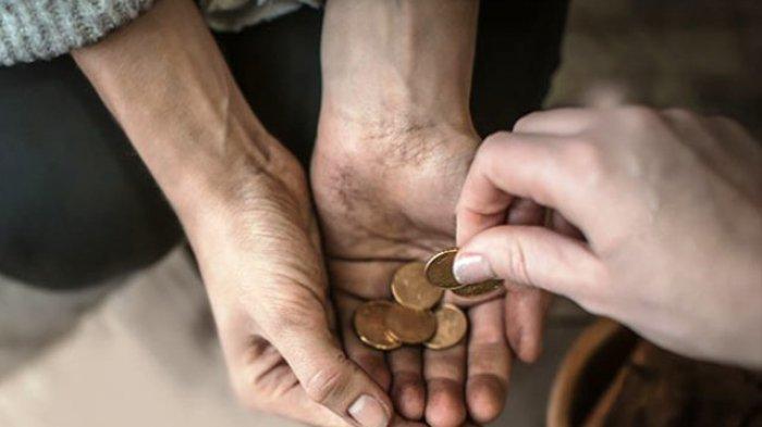 Bagaimana Cara Bersedekah Jika Tak Punya Uang? Ini Kata Ustadz Dasad Latief
