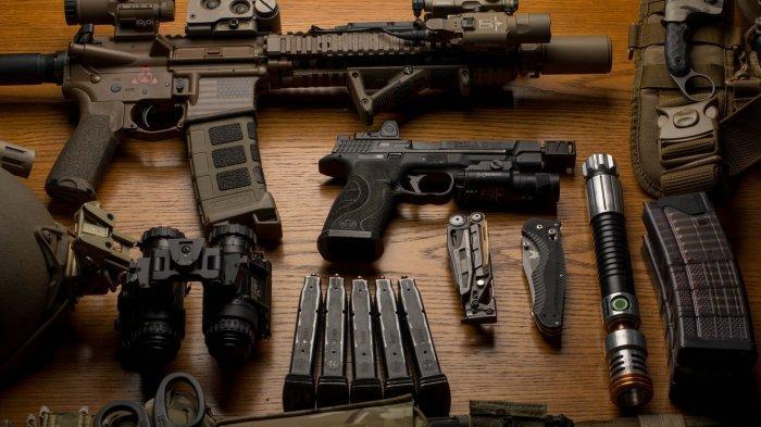 DUH! Ribuan Senjata Canggih Buatan China & Rusia Ditemukan Terbungkus Plastik, Ada Rudal dan Sniper
