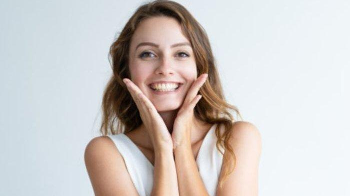 Ini Cara Mudah Bersihkan Gigi Jadi Putih dengan Garam? Bersihkan Bekas Stiker dengan Selai Kacang