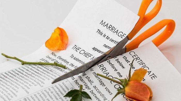 Gara-gara Suami Daftar CPNS, Bukannya Senang Wanita Ini Malah Minta Suaminya Meneken Surat Cerai