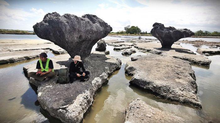 FOTO: Indahnya Gugusan Batu di Taman Karst Pondo Batu Siping Jeneponto - indahnya-gugusan-batu-di-taman-karst-pondo-batu-siping-jeneponto54.jpg