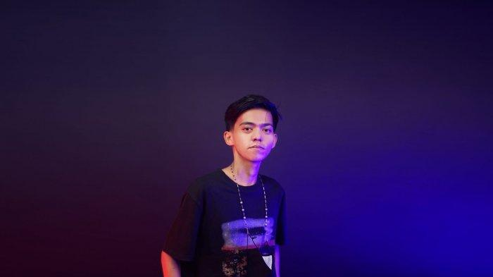 Indra Pratama, Pemuda Kota Makassar Punya Bisnis Digital Market dan Website Berisi Edukasi