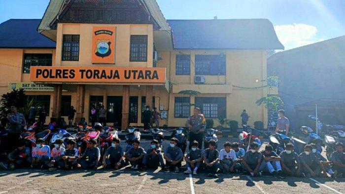 Puluhan Pelajar Toraja Utara Rayakan Kelulusan di Kantor Polisi