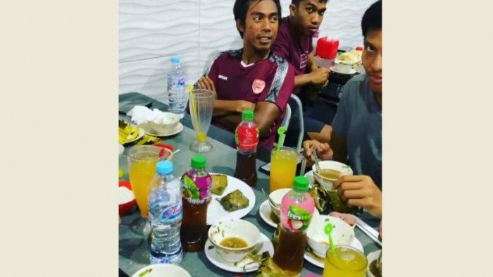 Usai Latihan, Pemain PSM Makassar Santap Coto Bareng Appi