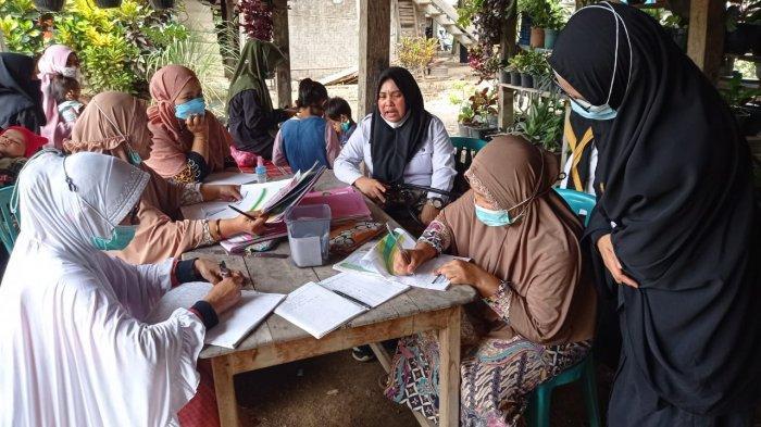 Pantau Tumbuh Kembang Balita, Disdalduk-KB Enrekang Cek Pelayanan di Posyandu
