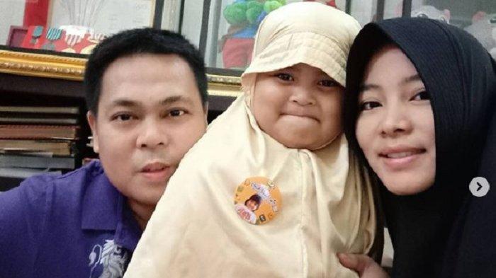 Foto-foto Almarhum Markis Kido Bersama Istri & Anaknya di Instagram, Terakhir Saat Rayakan Lebaran